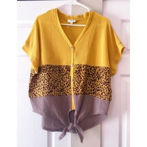 NWOT Umgee Colorblock Waffle Knit Knotted Top